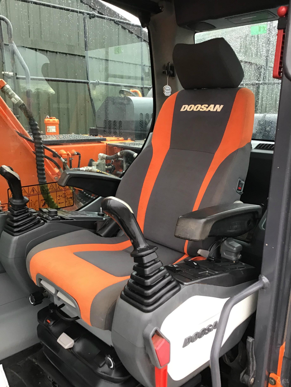 Doosan DX140