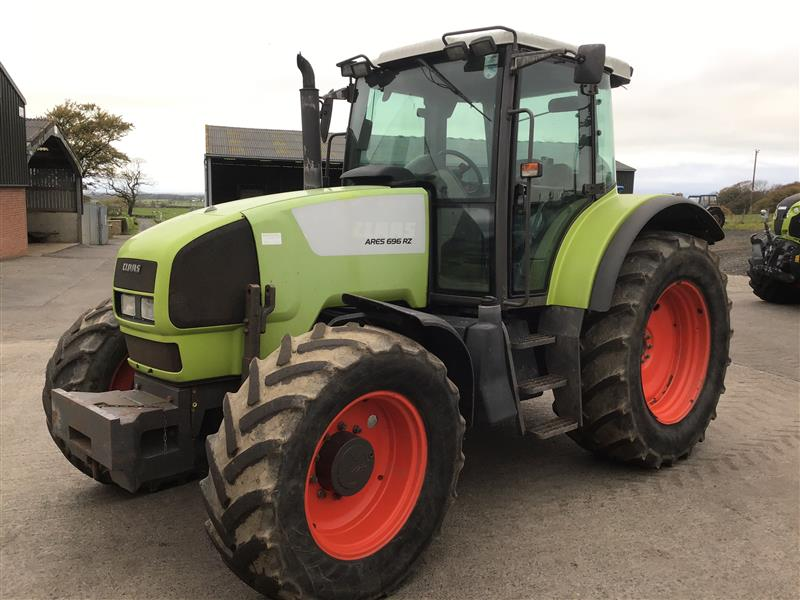 Claas ARES 696RZ